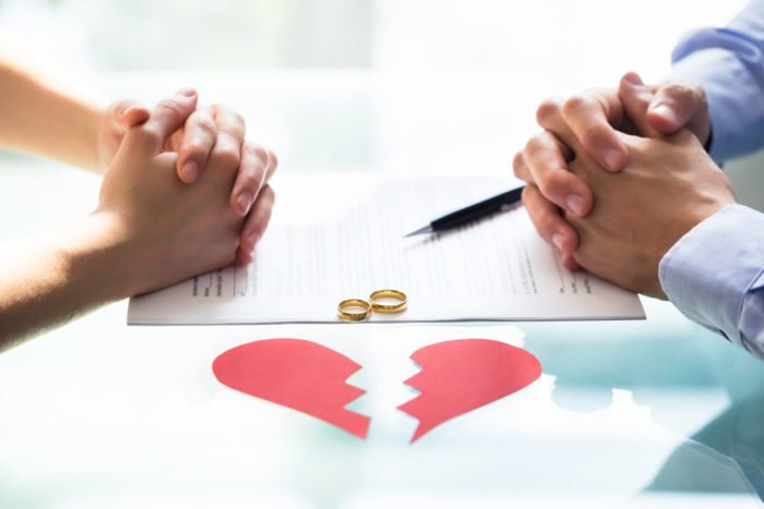 How Protect Your Money in a Divorce